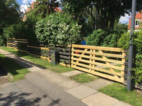 : Renovering af hegn og låger i Vanløse